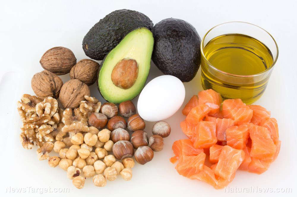 Fruits Dry Fruits which will help you to improve Memory